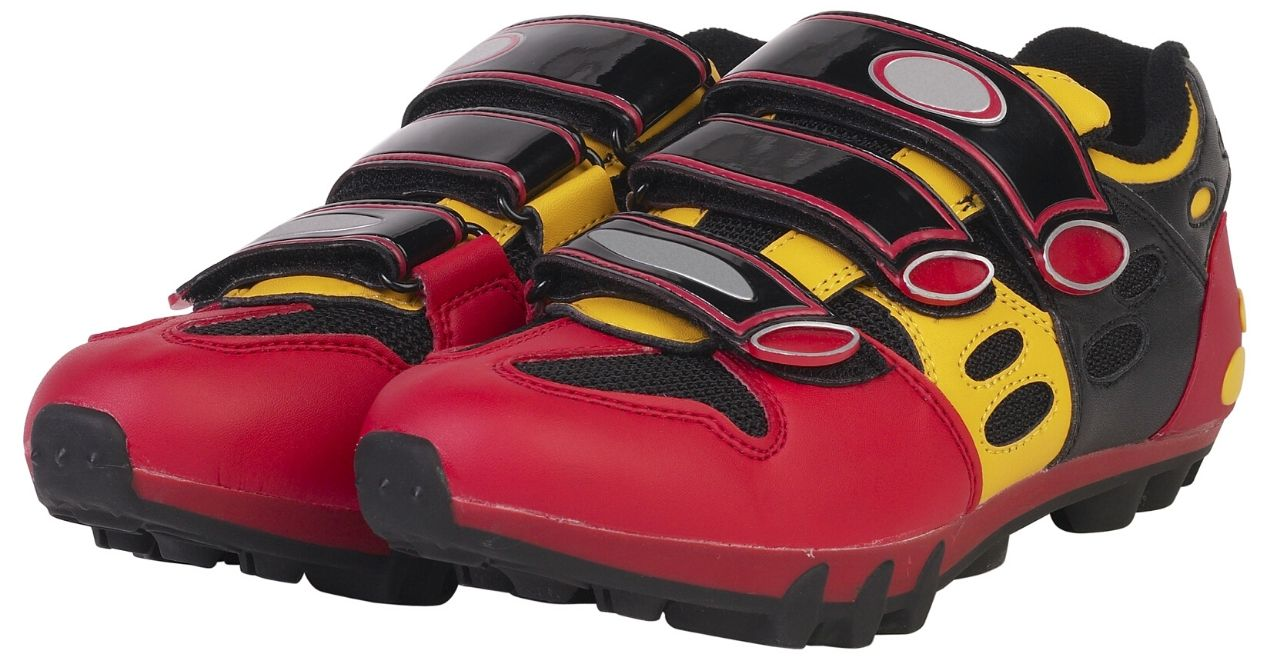 best spin class shoes for indoor cycling